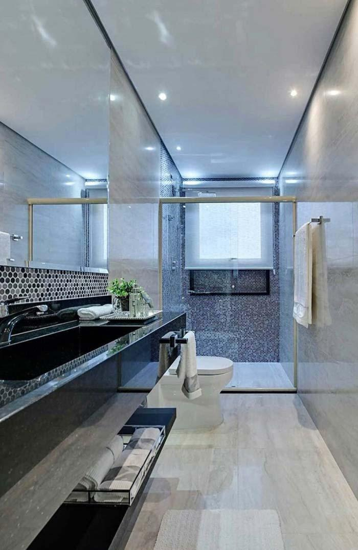 Bathroom with green granite veneer Ubatuba