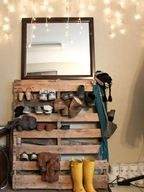 Shoe rack and mirror.