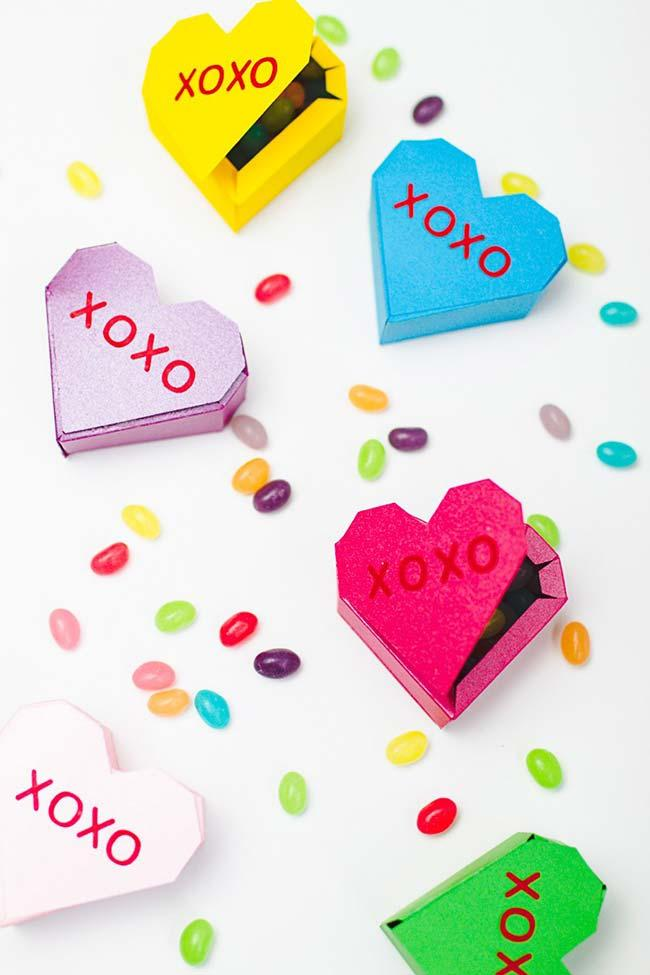 Heart shaped boxes perfect for 15 year old party favors