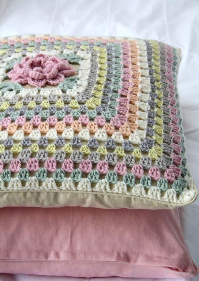 Simple Crochet Cushion Cover