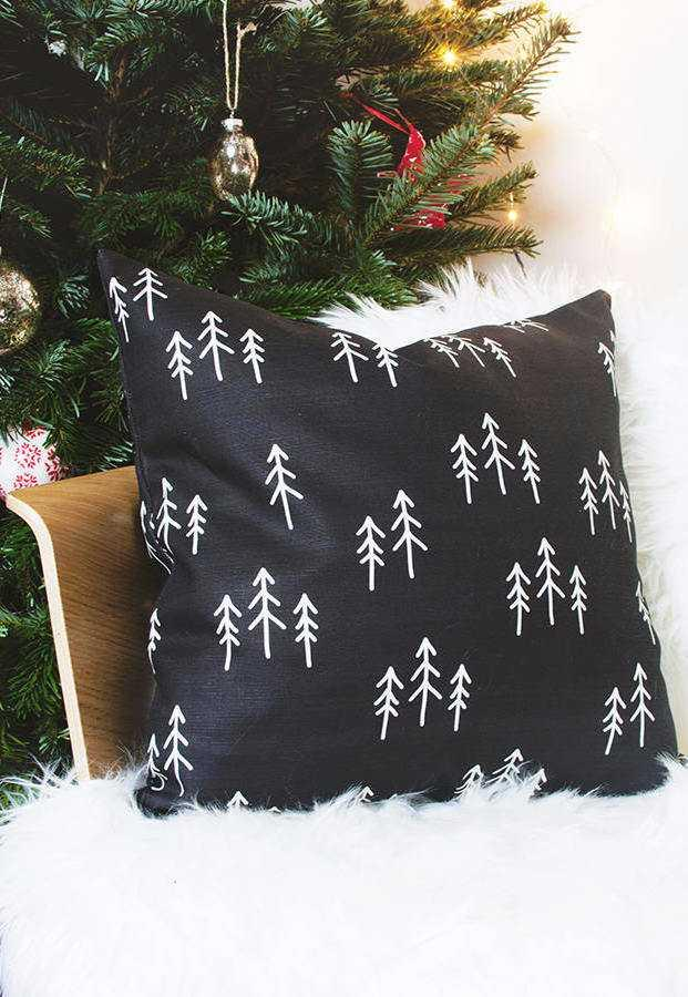 Christmas Cushions: 60 Decorating Ideas and How to Make 43
