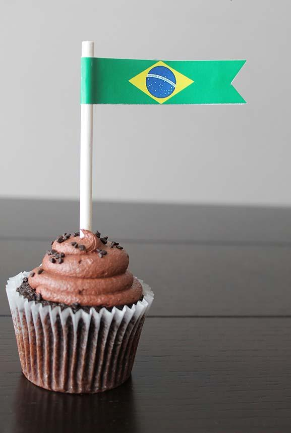 Cupcake decorated for World Cup