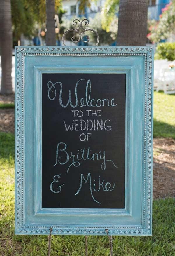 Welcome frame with blue Tiffany color