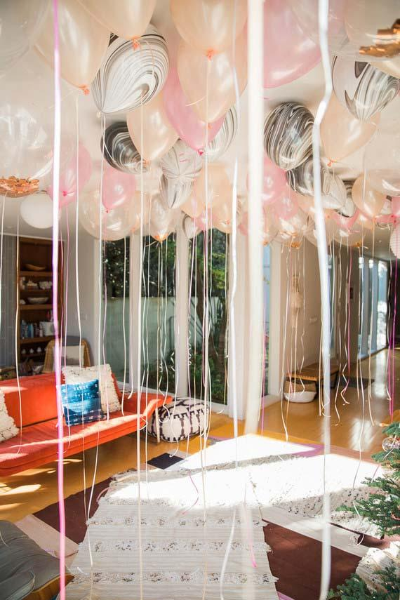 Balloons filled with helium gas with satin ribbons: the party decoration is ready