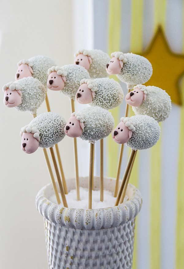 Cake Pop of sheep