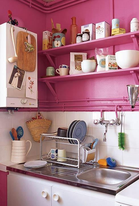 Industrial kitchen in shades of shock pink