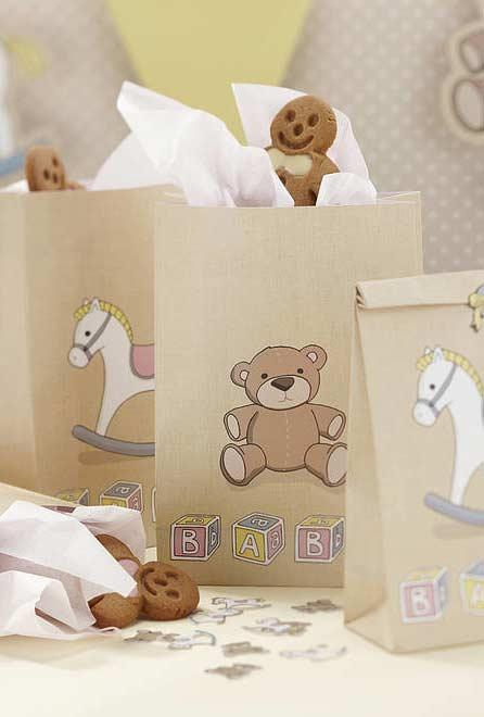 Choose the most popular characters and toys for baby shower