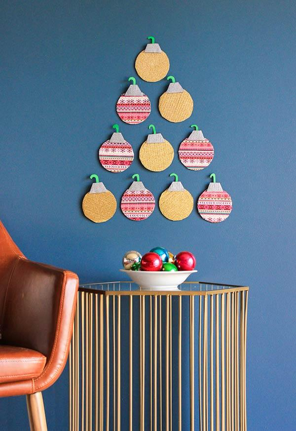 Felt Christmas ornaments: ideas to use in decorating 6