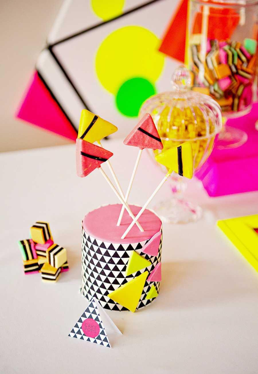 Festa Neon: 60 decorating ideas and photos of theme 62