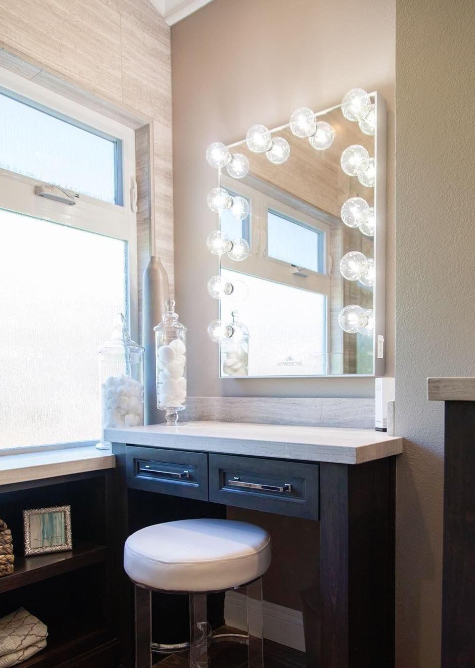 Modern and rustic in dressing room dresser