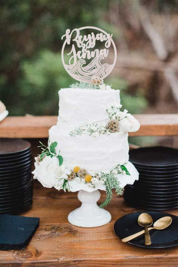 Wedding decoration 2018 with black and gold white
