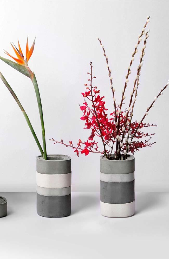 Cement vase with shades of gray and white