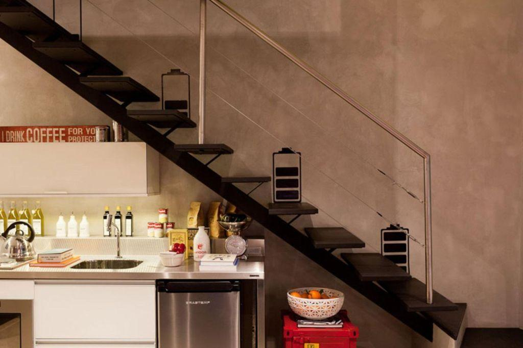 Stainless steel handrail: see tips and 60 models with photos 35
