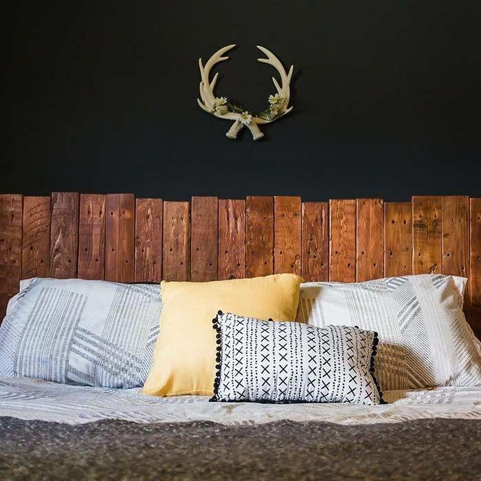 Pallet headboard: 60 creative ideas to use the item in the decoration 2