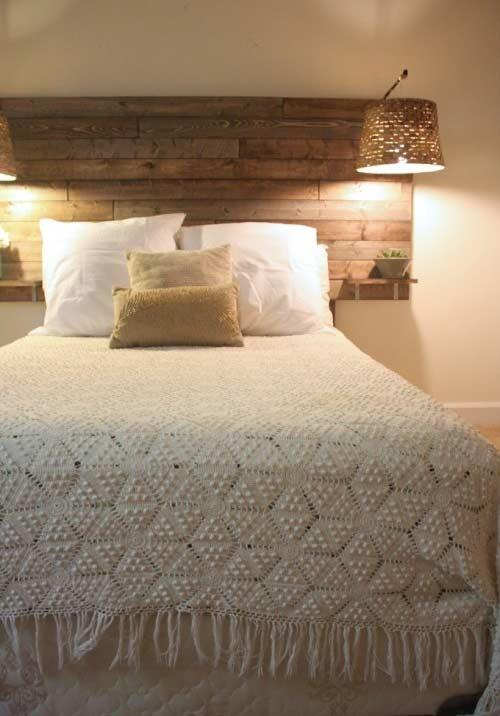 Crochet quilt with fringes