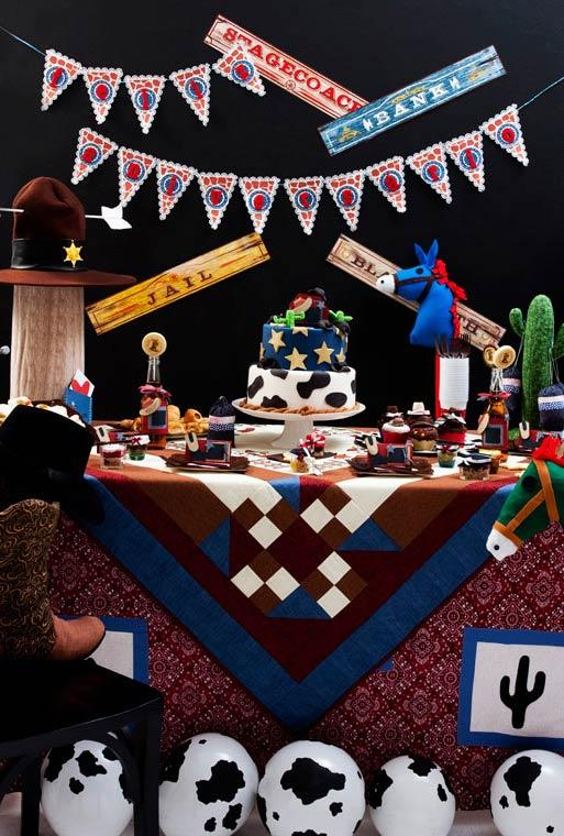 Party table cloth with patchwork