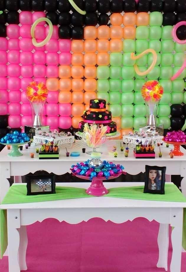 Festa Neon: 60 decorating ideas and theme photos 17
