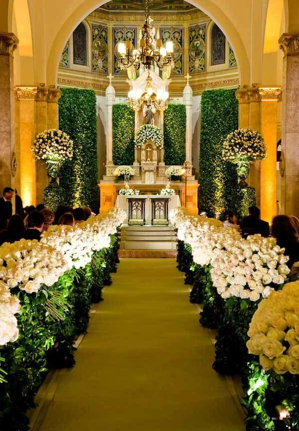 Division of bride and groom path with flowers