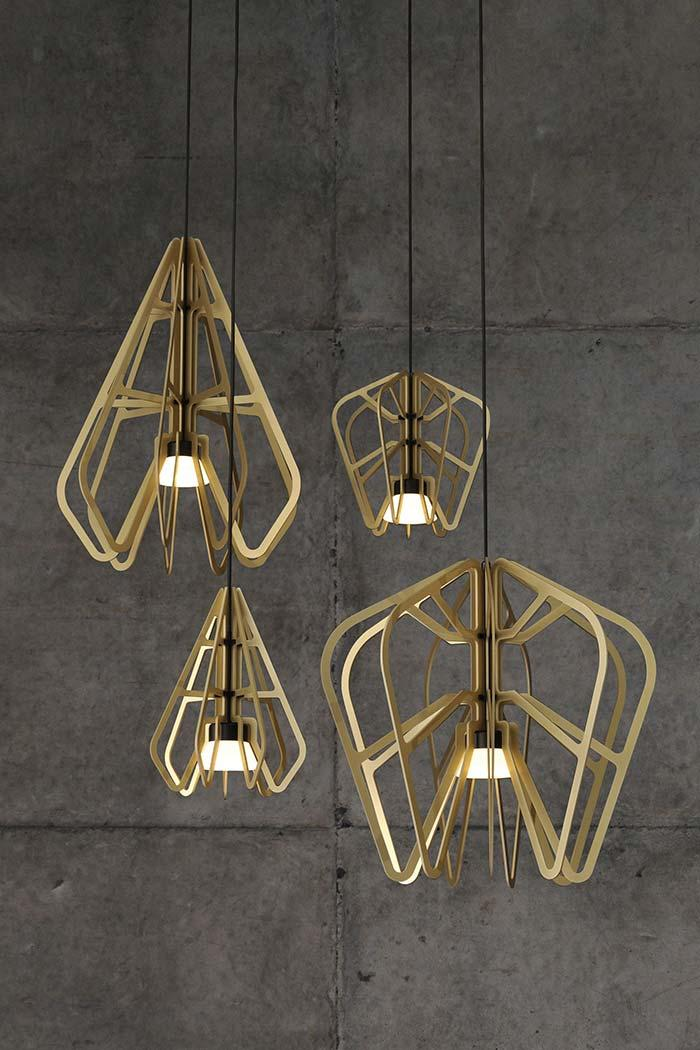 Set of pendant luminaires made of wood