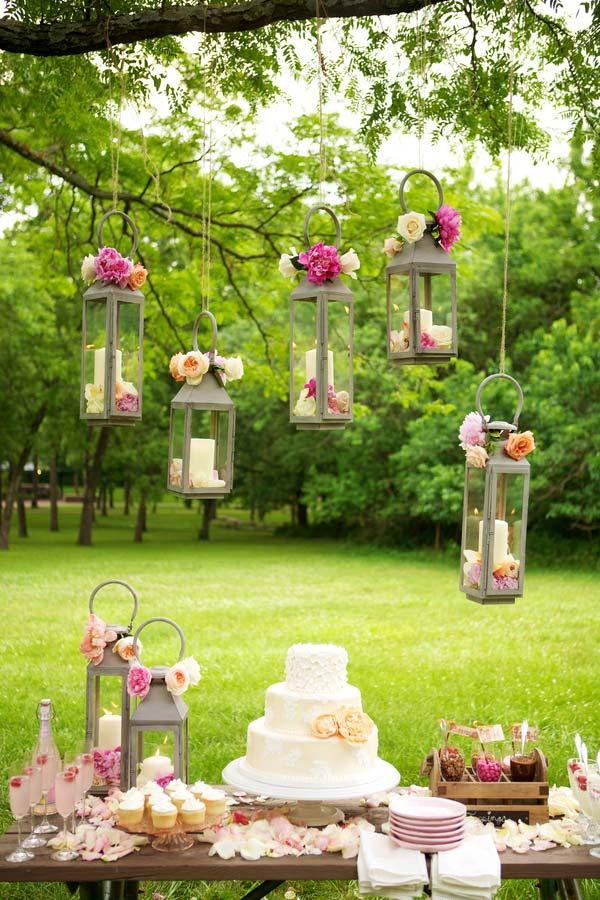Cheap outdoor wedding decoration using the trees