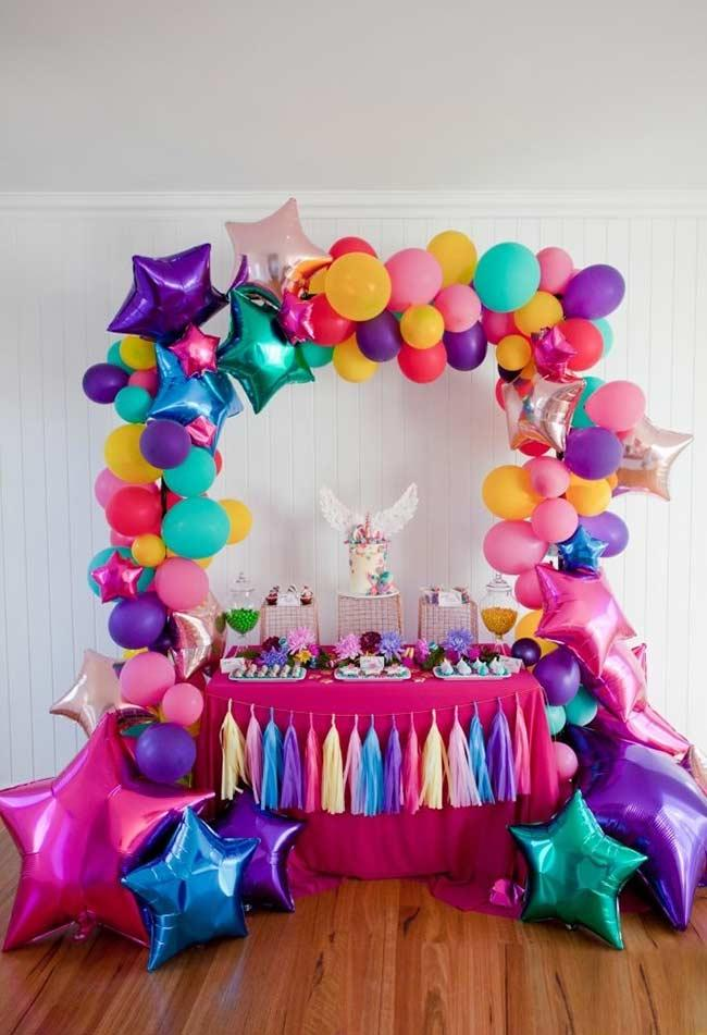 Metallic balloons and details