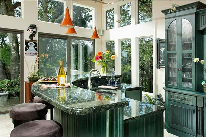 Kitchen with granite Verde Ubatuba