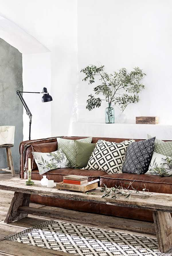 Different cushions for brown sofa