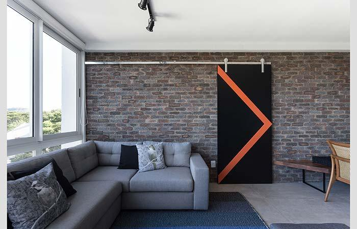 Brick wall for a modern look