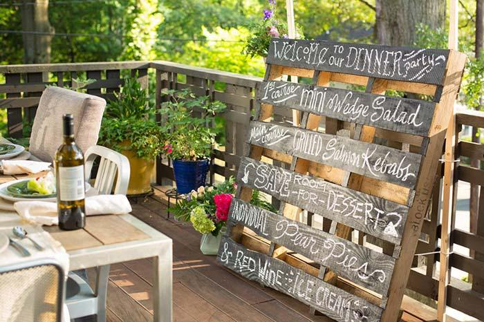 Pallet handcrafts for party