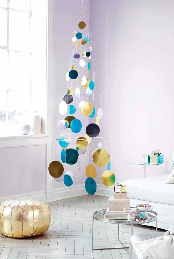 Handcrafted Christmas tree: 65 inspirations and ideas for your production 14