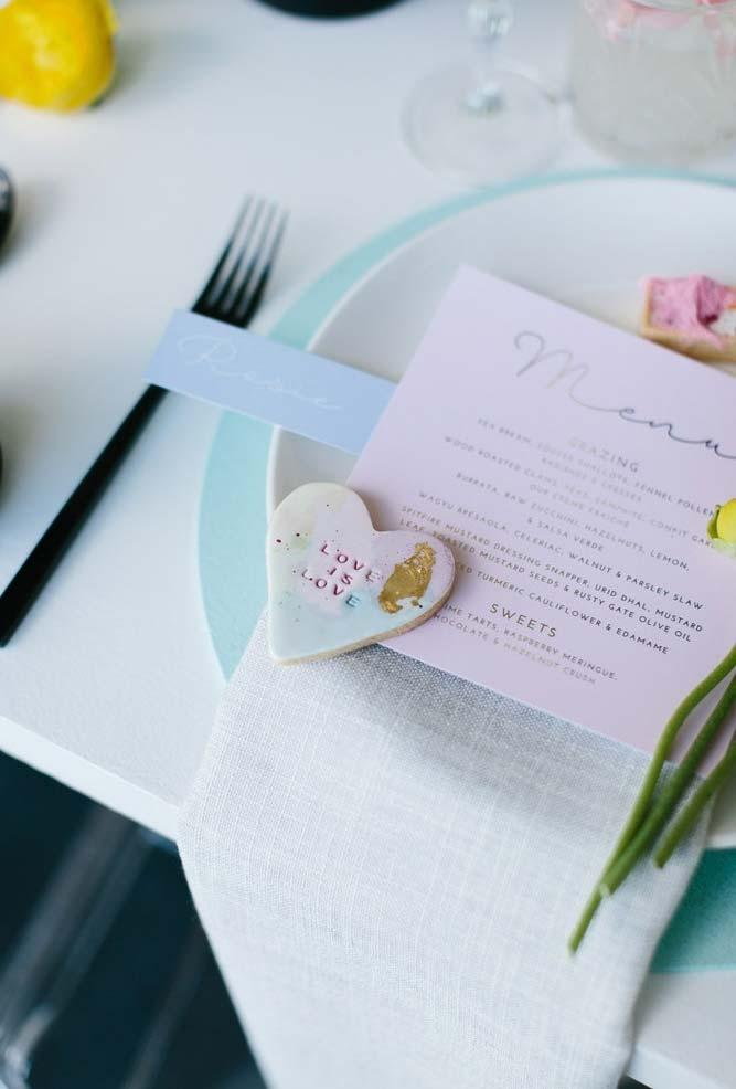 White chocolate on mini wedding