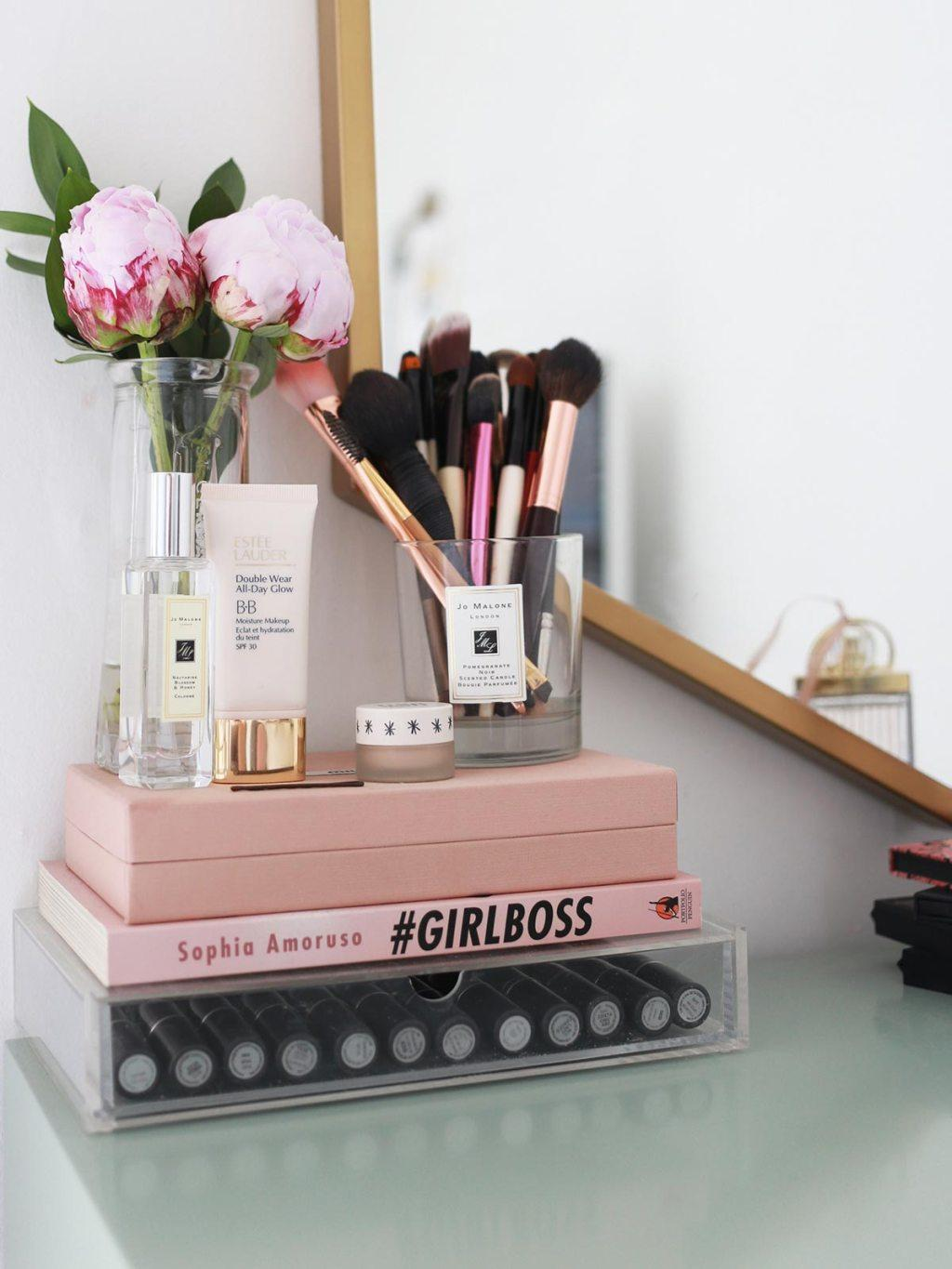 Makeup table: 60 ideas to decorate and organize 47