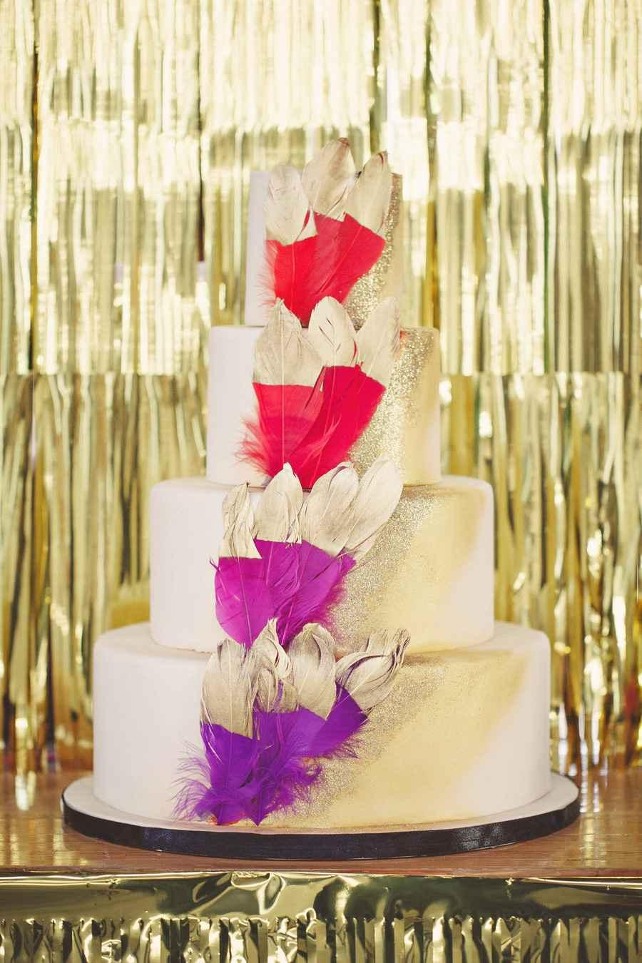 Golden wedding decoration: 60 ideas with photos to inspire 19