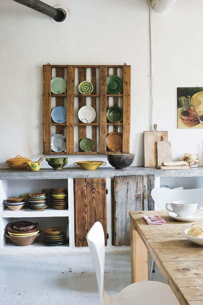 Kitchen with wall of pallets