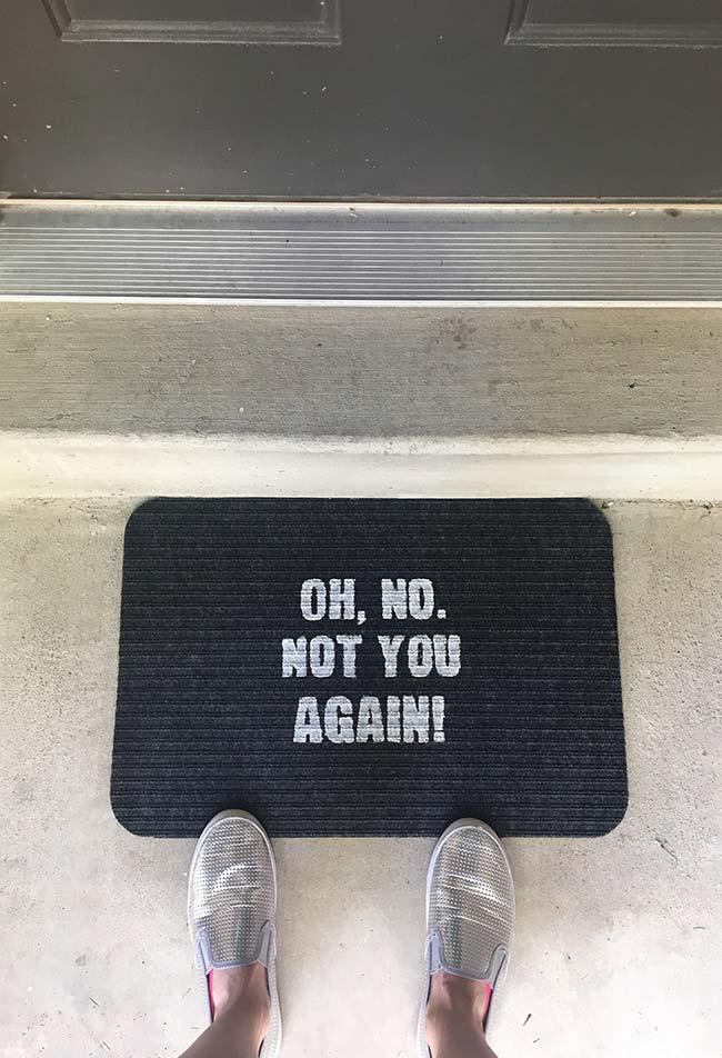 Fun doormats: welcome to brighten your home 25