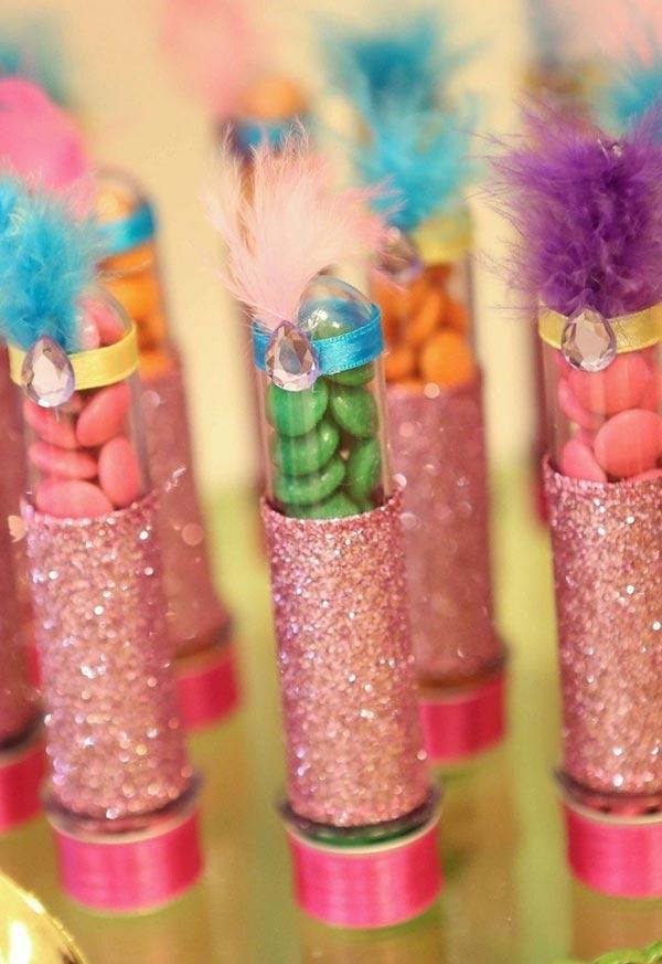 Carnival Decoration: 60 tips and ideas to brighten up your party 34