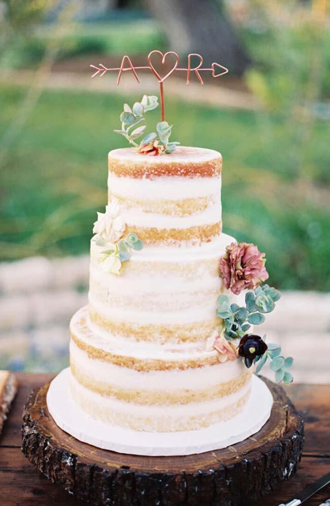Succulents in Simple Wedding Cake