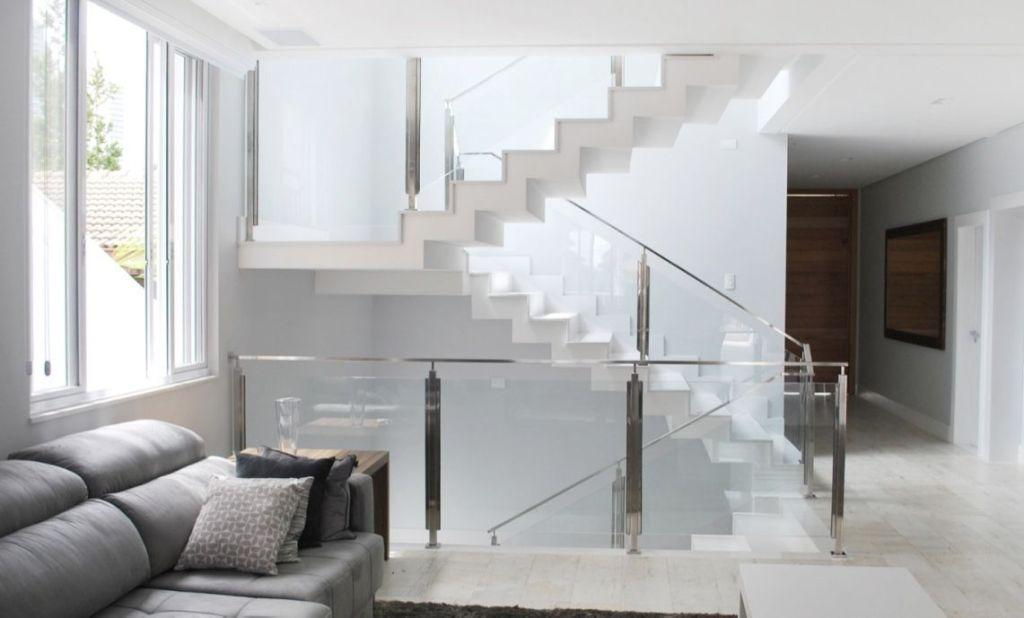Stainless steel handrail: see tips and 60 models with photos 32
