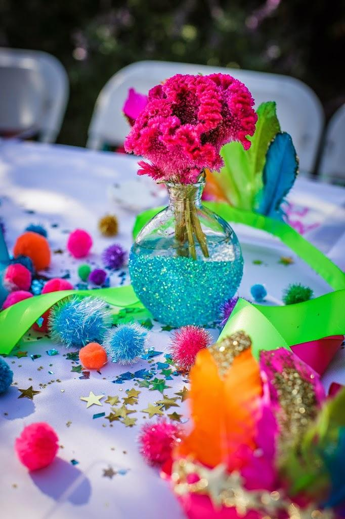 Festa Neon: 60 decorating ideas and photos of theme 16