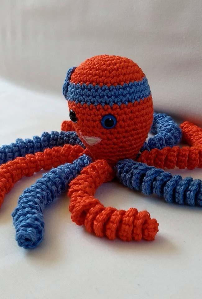 Blue and red on crochet octopus