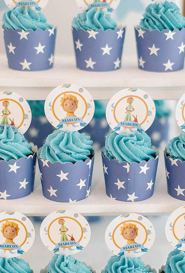 Cupcakes blue as the sky