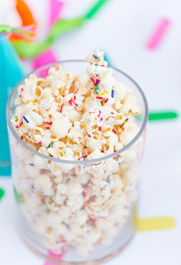 Sweet popcorn with sprinkles