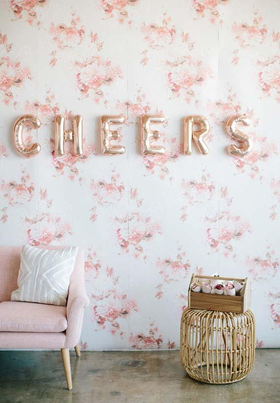 Party in houses with balloons on the wall