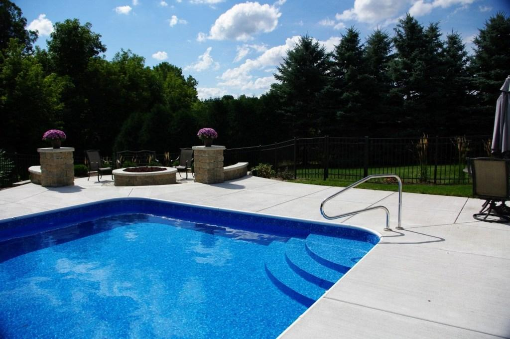 Vinyl Pool: What It Is, Advantages And Photos To Inspire 17
