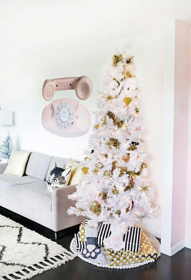 White and gold: colors without error in Christmas decoration