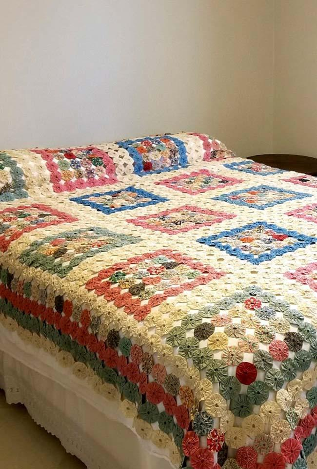 Fuxicos distributed in quilt