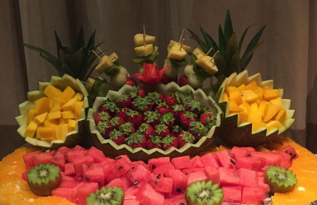 Table-of-fruits-55