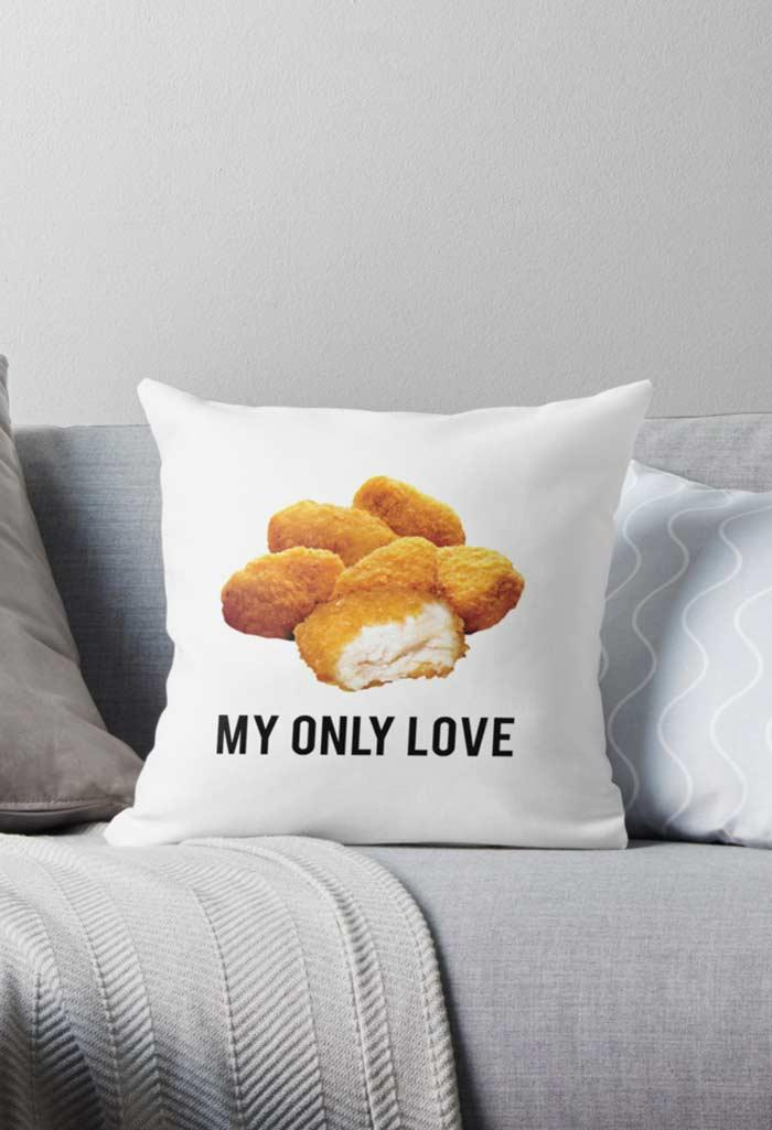 Fun pillows: 60 models filled with joy to be inspired 9