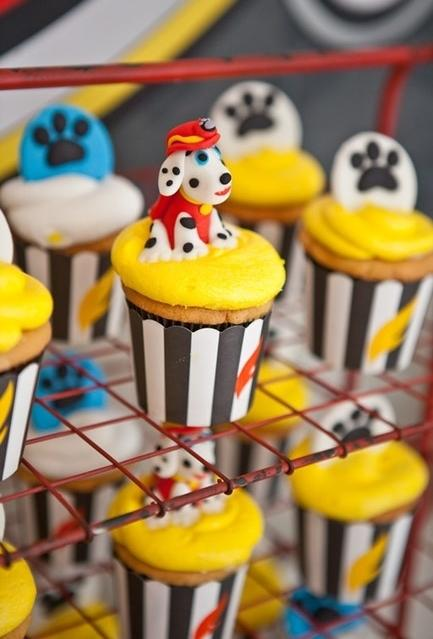 Decoration of cupcakes for party canine patrol
