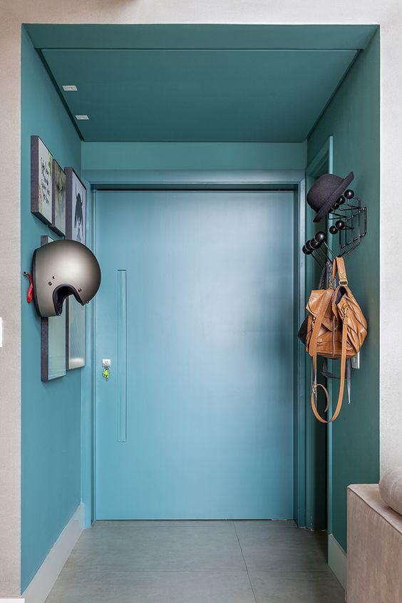 Highlight the entrance to your home